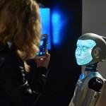 Медведеву предложили доверить судебные решения искусственному интеллекту