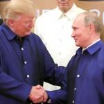Экс-глава ЦРУ — Путин контролирует Трампа