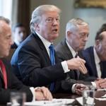 Трамп одобрил новые санкции против России и разработку стелс-ракеты