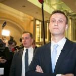 Альфа-Банк заблокировал счет фонда кампании Навального