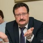 Депутаты попросят Путина разрешить бабушкам сушить семена