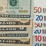 Курс рубля начал падение