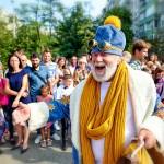 В этом году детей в Украине с первым сентября приветствовал С. Николай