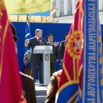 Порошенко: Украина способна перехватывать данные военных спутников