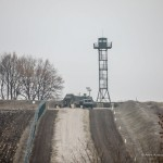 """Стену"" на границе с Россией построили почти наполовину (фото)"