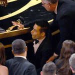 Рами Малек после получения «Оскара» упал со сцены