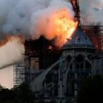 Украина готова помочь с реставрацией Собора Парижской Богоматери