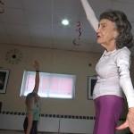 100-летняя преподавательница йоги раскрыла секрет долголетия