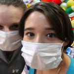 Психологи советуют не нагнетать панику из-за китайского коронавируса