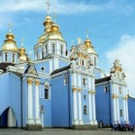 Верующих Киевского патриархата почти втрое больше, чем фанатиков московских попов