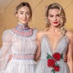 Марго Робби на премьеру фильма «Две королевы» надела удивительное платье с цветочками