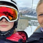 Дочь Гвинет Пэлтроу набросилась на свою мать за селфи в соцсети